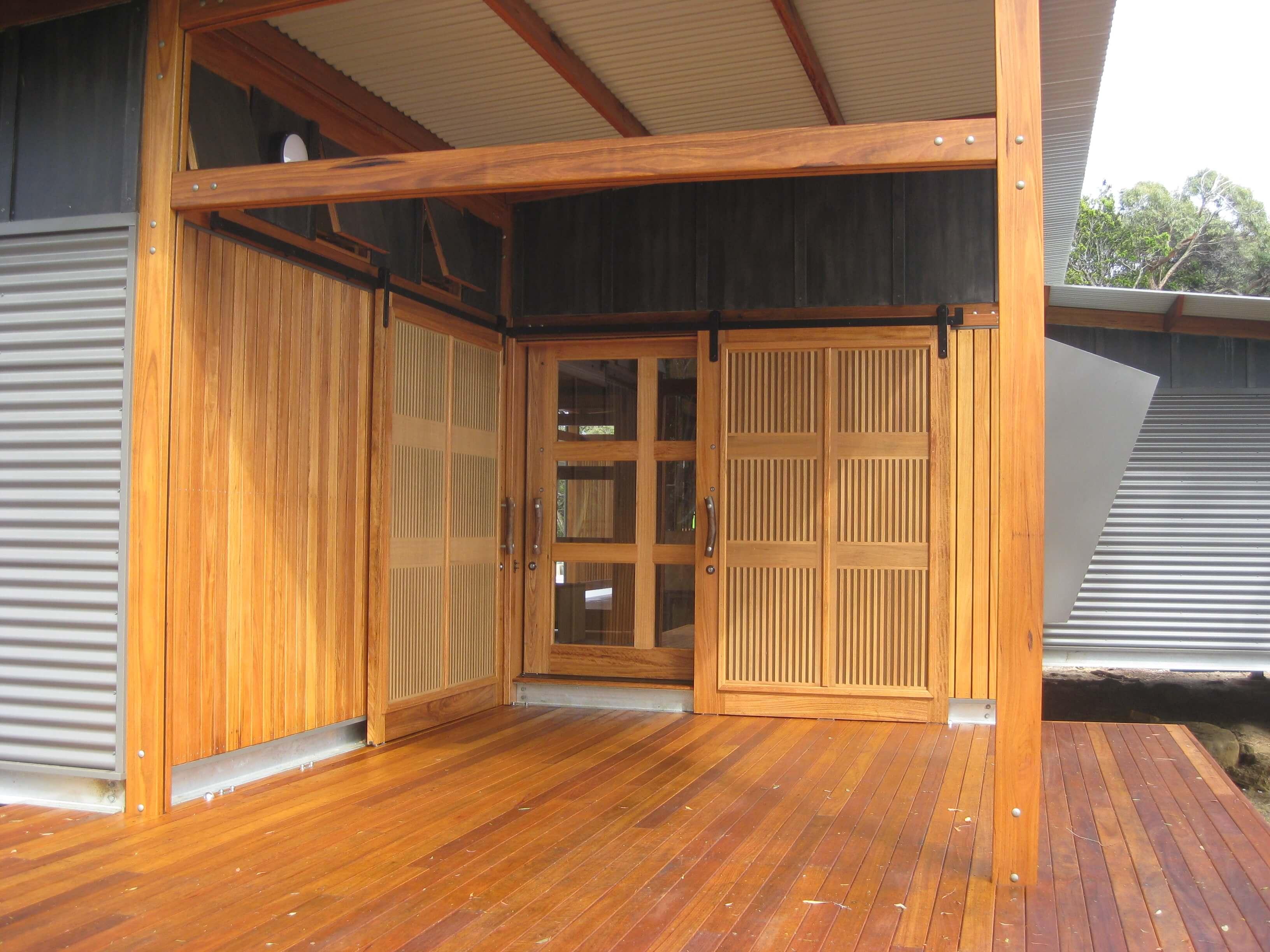 BAL29 Blackbutt solid glazed door and sliding screens website